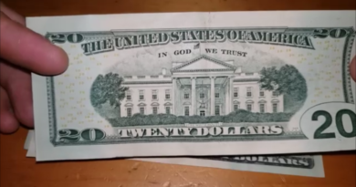 Replacement Bill error banknotes found rare currency worth a ton of money 2020 election trump